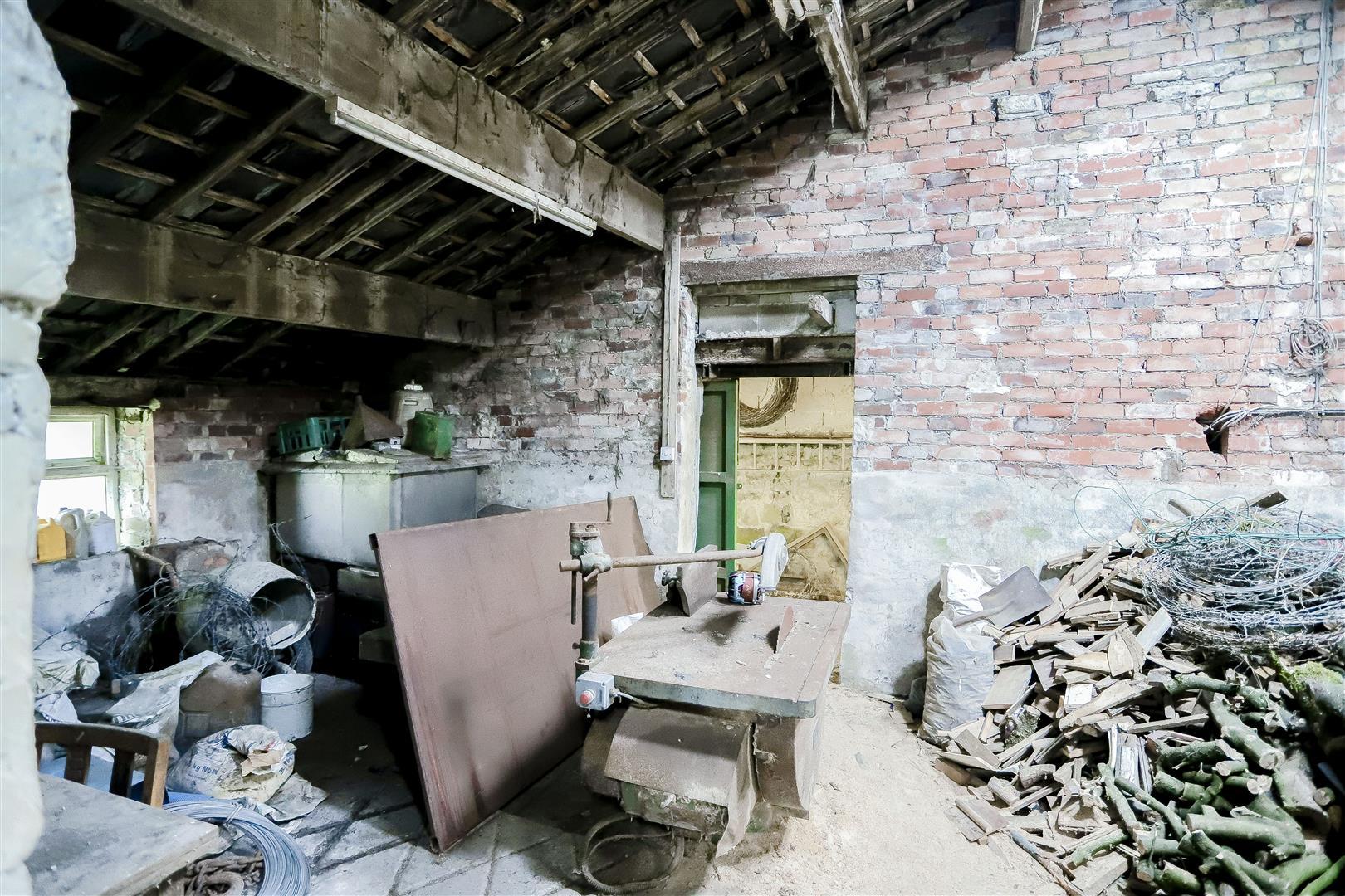 2 Bedroom Barn Conversion For Sale - 10.jpg